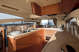 Azimut 60 - Galley